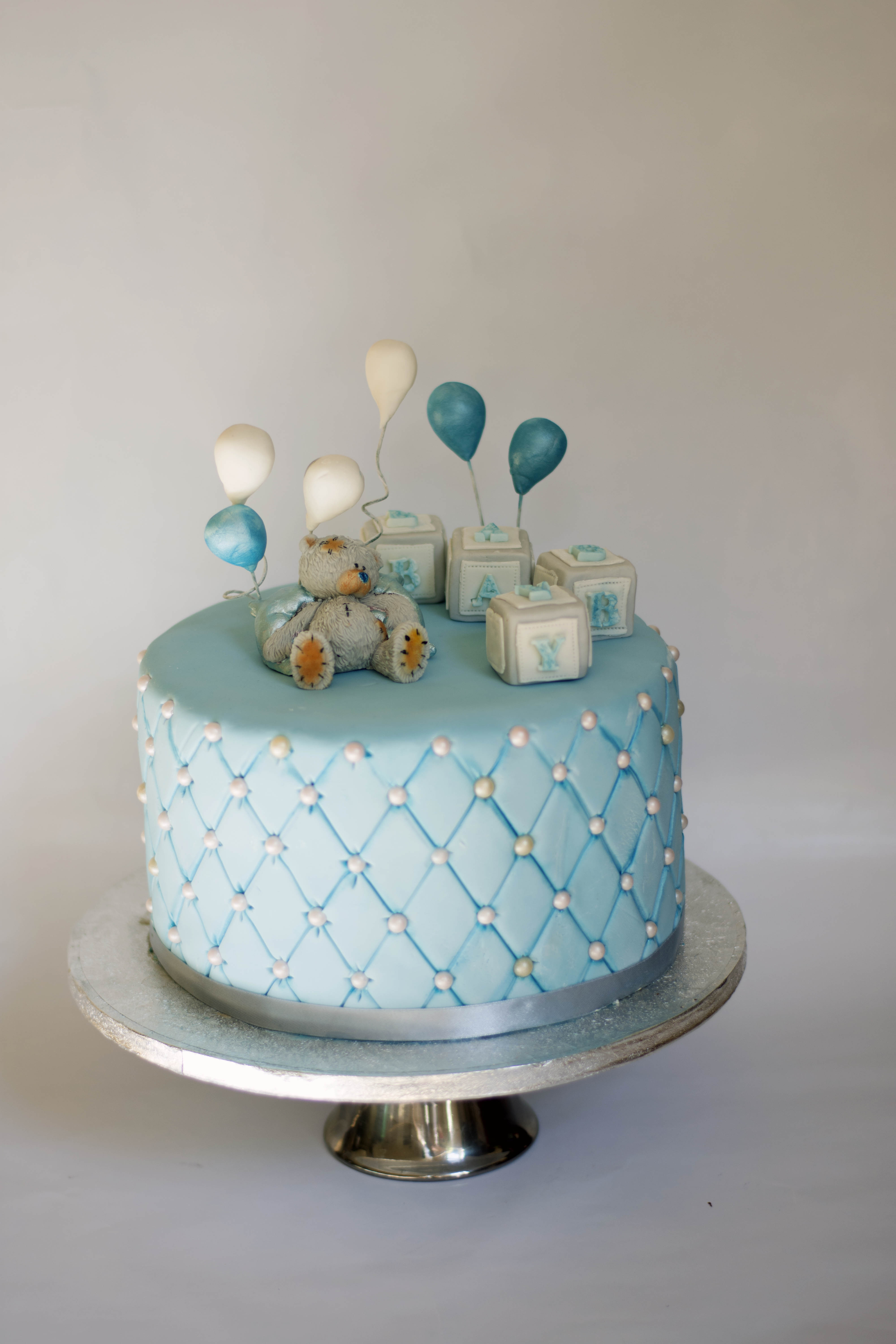 baby boy shower cake.jpg