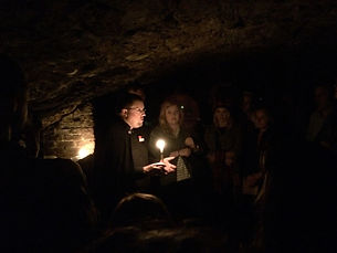 Xavier London Study Abroad Students on Edinburgh ghost tour