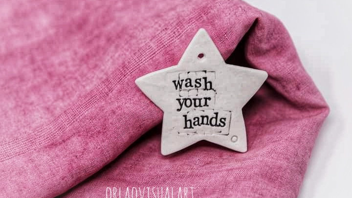'Wash your hands' - Stars in Porcelain
