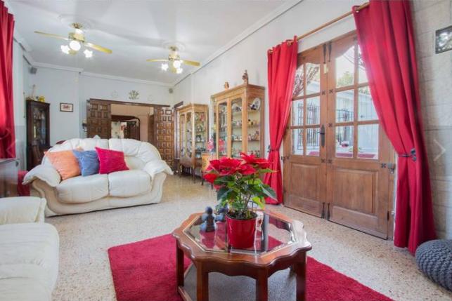 לקנות נכס בולנסיה במחיר מעולה עם תשואה גבוהה, 2019