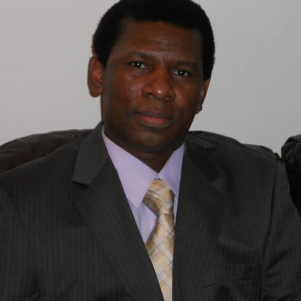 Directeur Abdoulaye Diallo.jpg