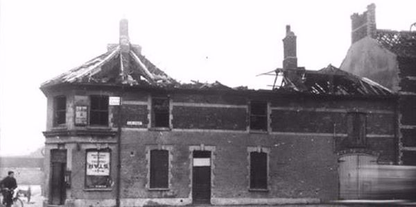 clive-street-corner-after-bomb-in-1941.j