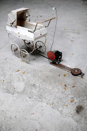 Automated Pram child's pram electric motor metal 2006