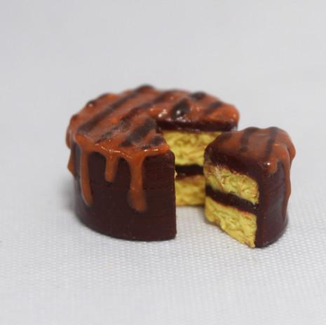 Miniature Caramel Cake
