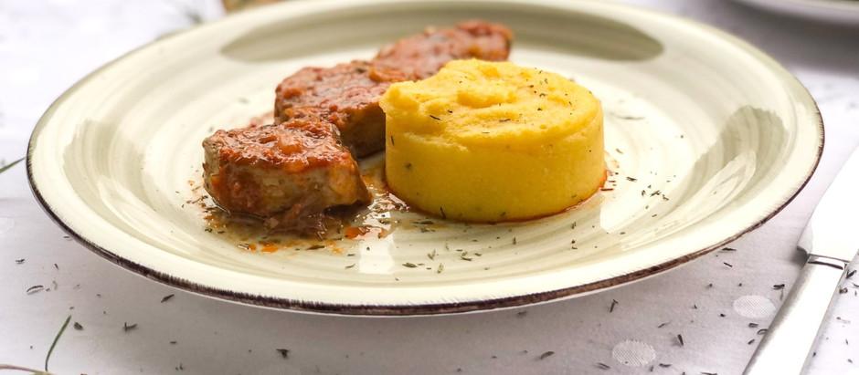 GURMANSKI RECEPT: Svinjski file (lungić) u umaku od ajvara, crnog vina i pekmeza od šljiva