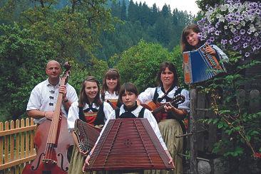 Stubnmusi Christa (Stubenmusik Christa) musikalische Umrahmung für Ihr Fest/ Ihre Veranstaltung