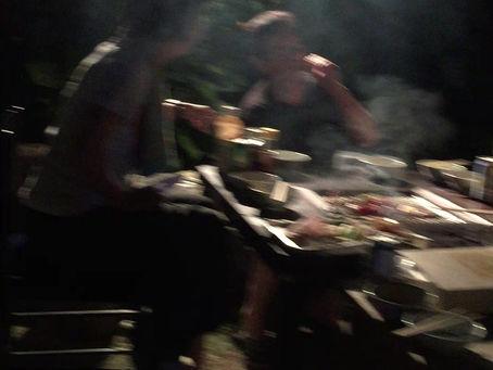 七輪テーブルで焼肉パーティー