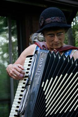 clandestine accordion playing