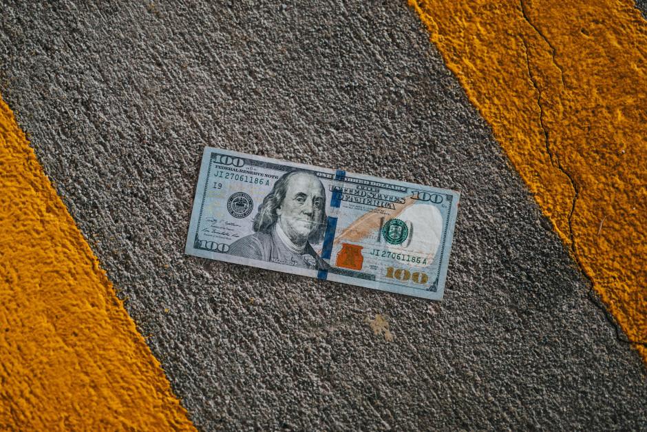 Kuba Łuka. Czy kreatywność kocha pieniądze. Artykuł na blogu Hasztag Kreatywność