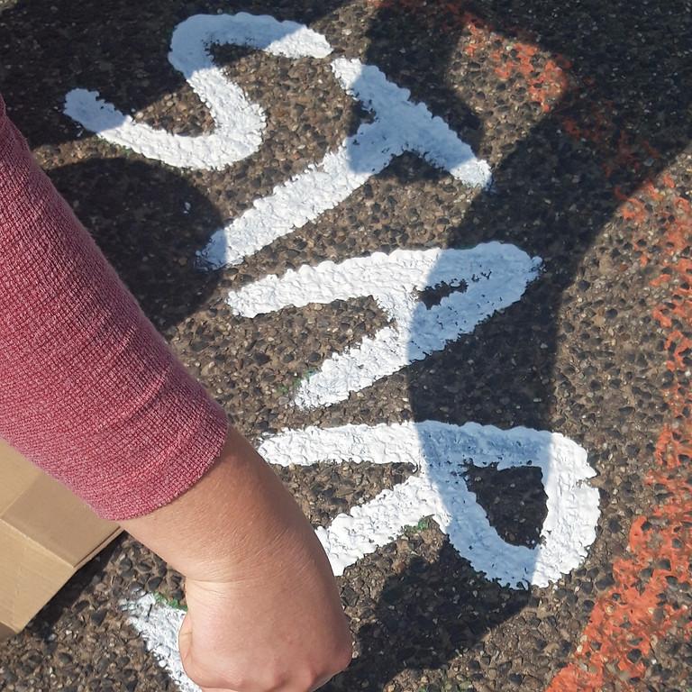 Friedliche Pause - Schulhofbemalung
