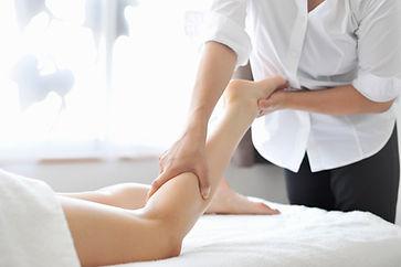 Massage suédois des jambes