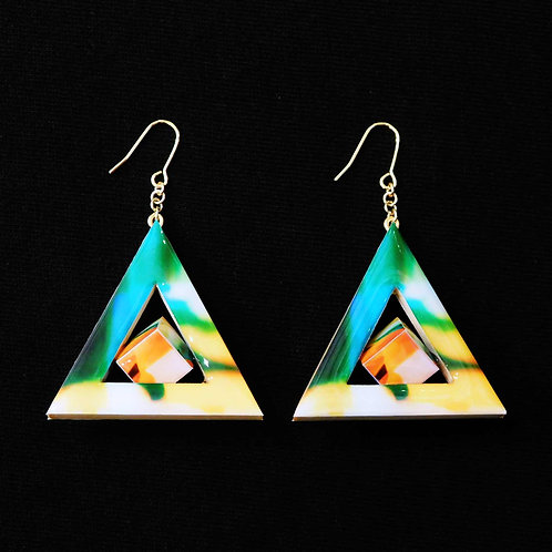 《Re:flection》Triangle Cubeピアス(YELLOW)