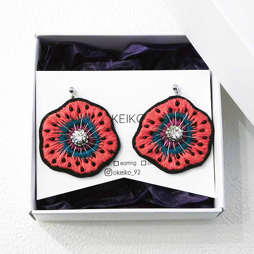 《OKEIKO》手刺繍スペシャルレッド毒hanaピアス/イヤリング※送料無料