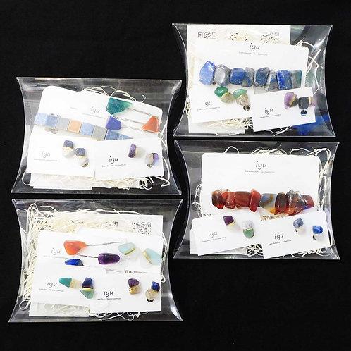 《iyu》4種類から選べるイヤリングとヘアアクセサリーのセット ※総額¥7000相当