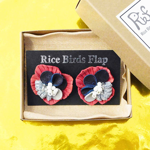 《Rice Birds Flap》レザーフラワーピアス/イヤリング※レッド
