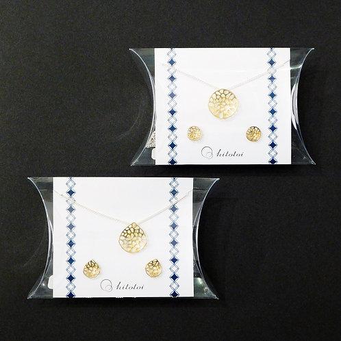 《hitotoi》ピアスとイヤリングのセット※総額¥24000相当※送料無料