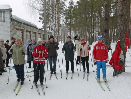 Состоялись лыжные заезды ветеранов