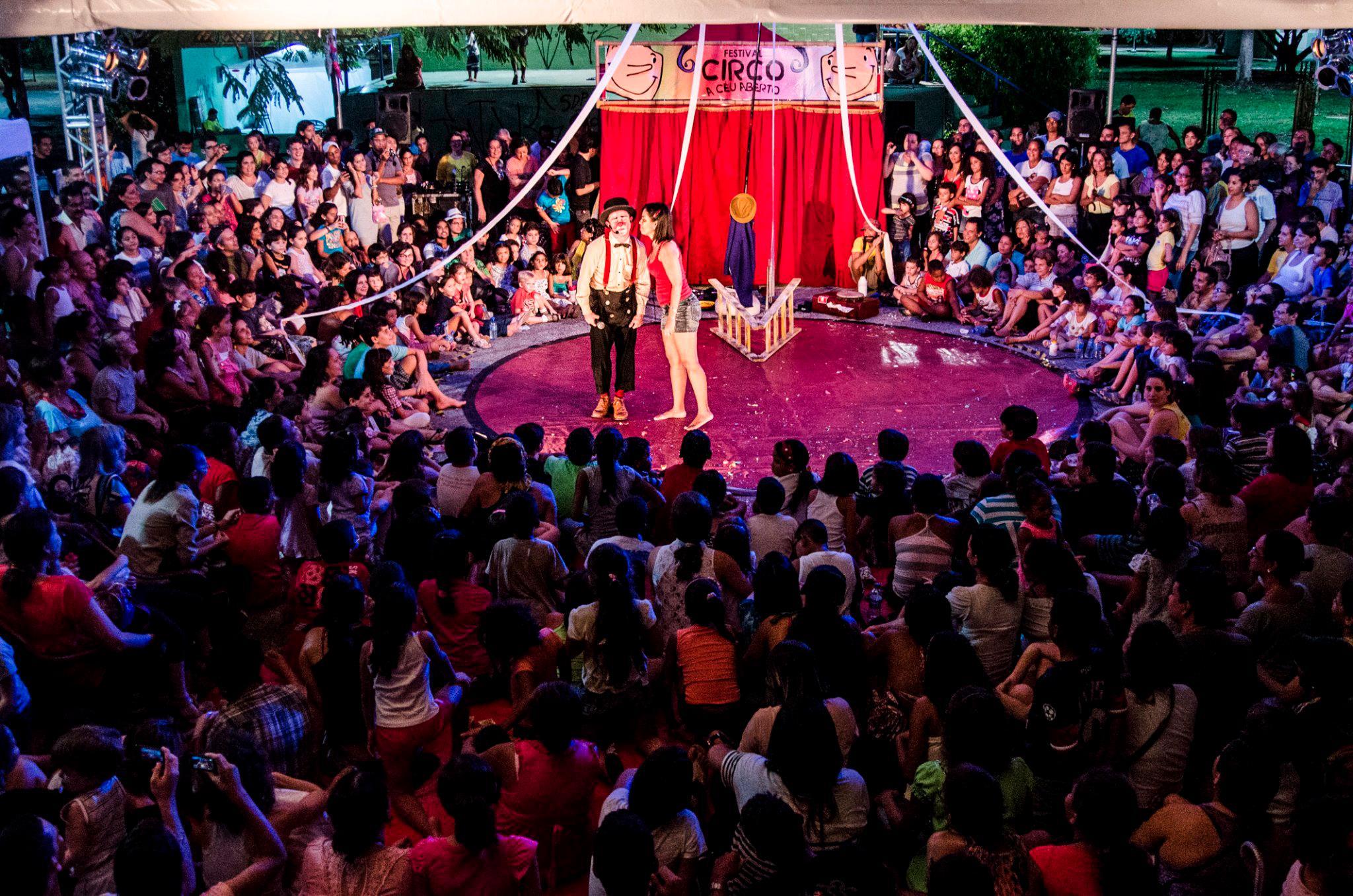 Esio Magalhães- Barracão Teatro-SP