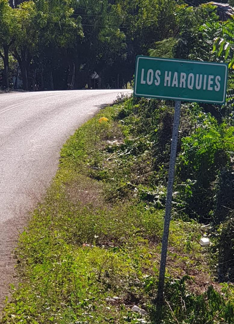 ENTRADA OESTE A LOS HARQUIES