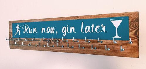 Medium 25 hook colour splash. Teal. Run now, gin later