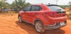 Vehicule SUV de Terre du Siam voyage pour nos excursions en Isaan