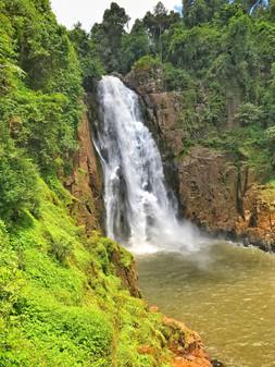 vue sur une Cascade en Isan