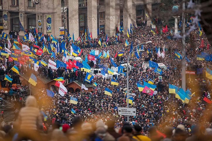 Euromaidan_Kyiv_1-12-13_by_Gnatoush_005.