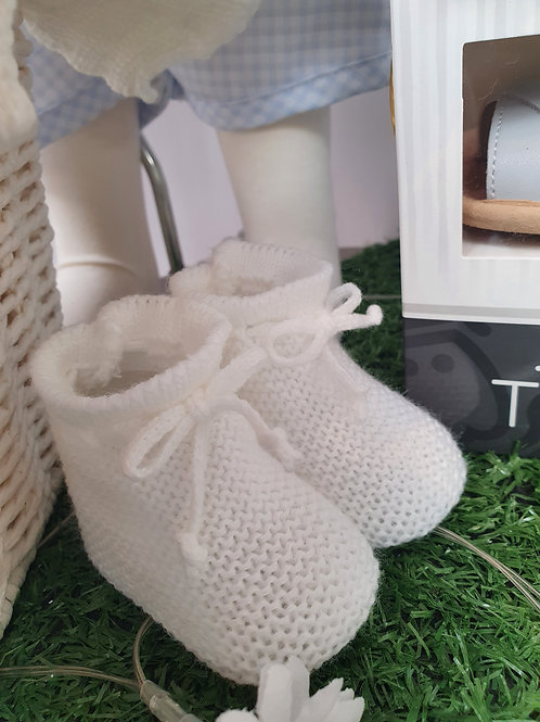 White knitted booties