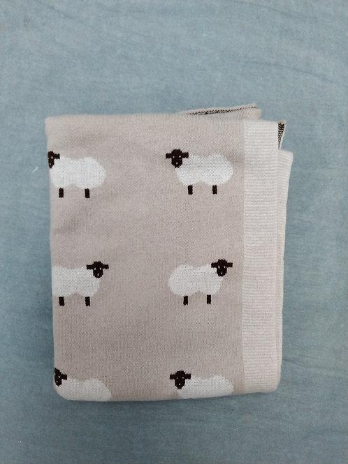 Sheep pattern blanket