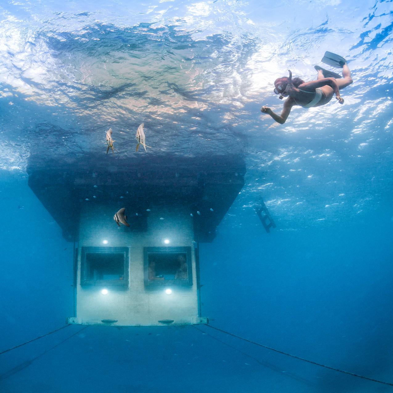 Under water_131007-140935-559