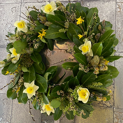 Spring Daffodil Wreath/Table Centre Piece