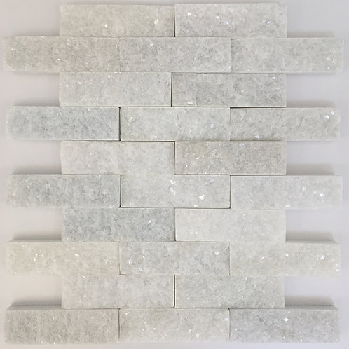 Splitface large bianco Hizhou in a brick joint or subway tile pattern.