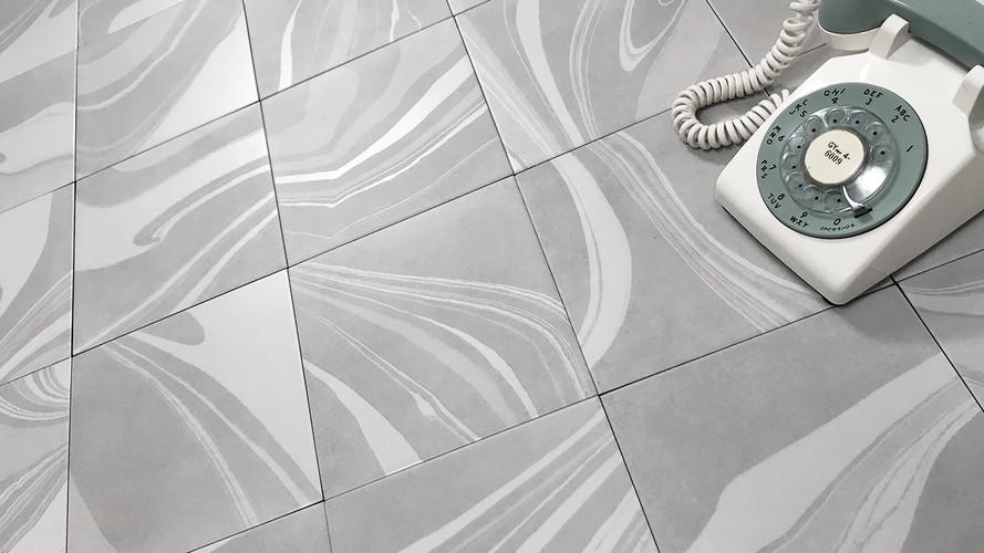 Swirl Silver
