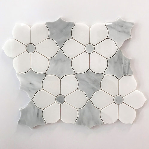 A Flower marble pattern that is delicate and durable at the same time. consider as a mosaic inlay when designing bathrooms