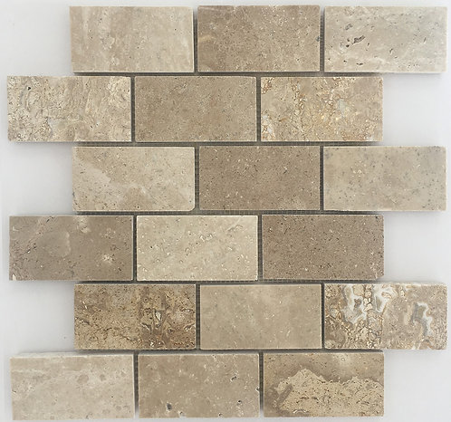 Travertine Chiaro Polished Brick joint: a travertine subway tile full of character and variation