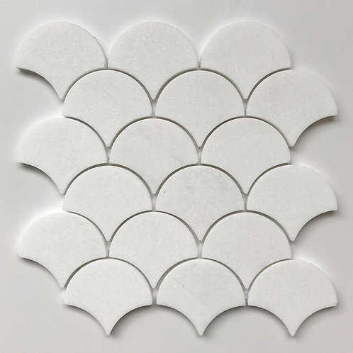 Large Fan Thassos Polished is a Moroccan fish scale mosaic in soft white marble.