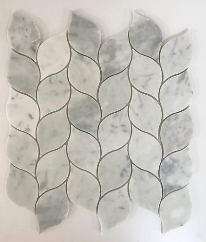 A pretty Laurel Leaf waterjet pattern in Bianco Carrara marble.  For floors and walls.