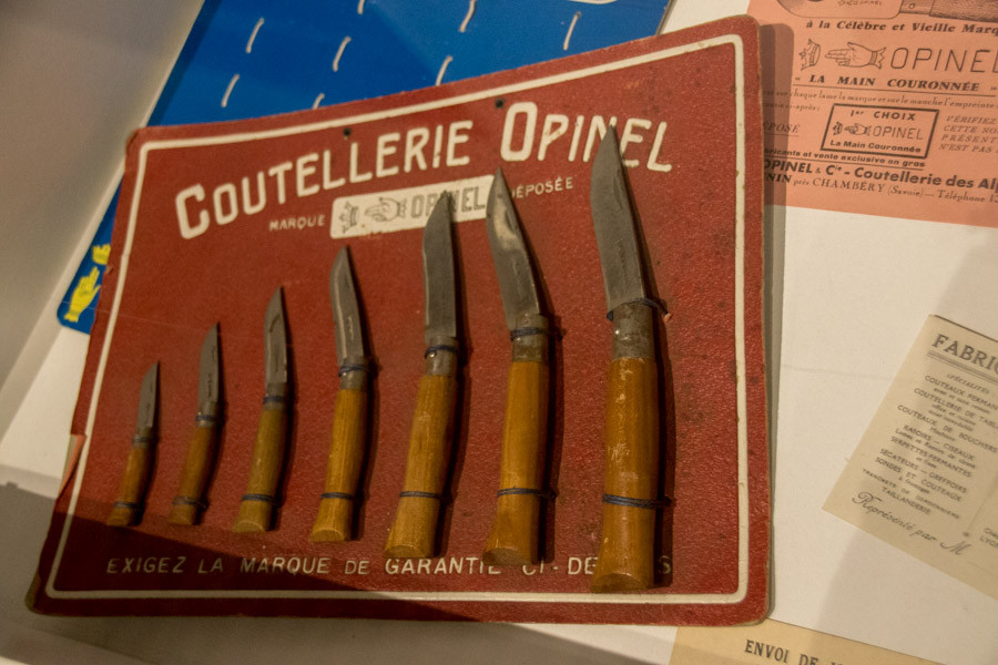 Saint-Jean-de-Maurienne : la ville de l'Opinel lui dédie un musée, le fameux petit couteau imaginé en 1890 par Joseph Opinel et diffusé sur tous les continents.