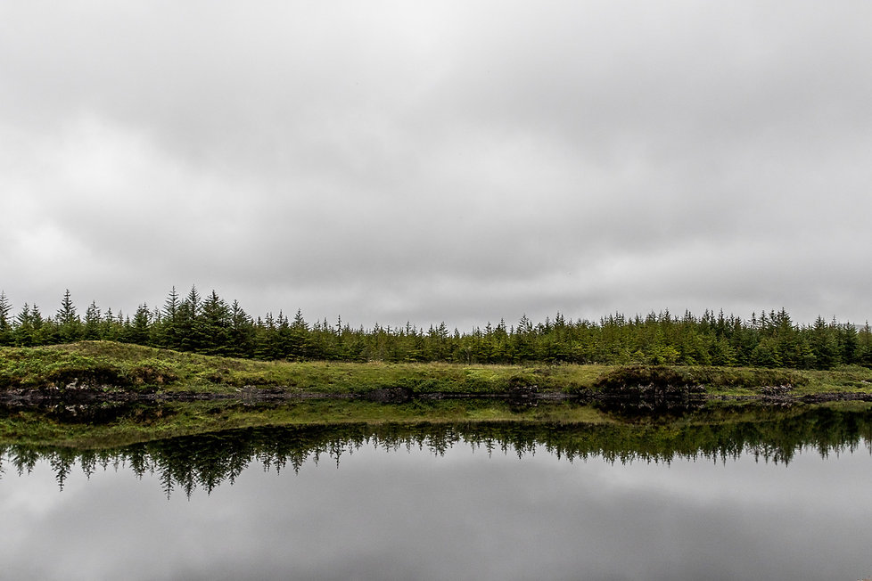 06. dans un reflet du lac du connemara.j