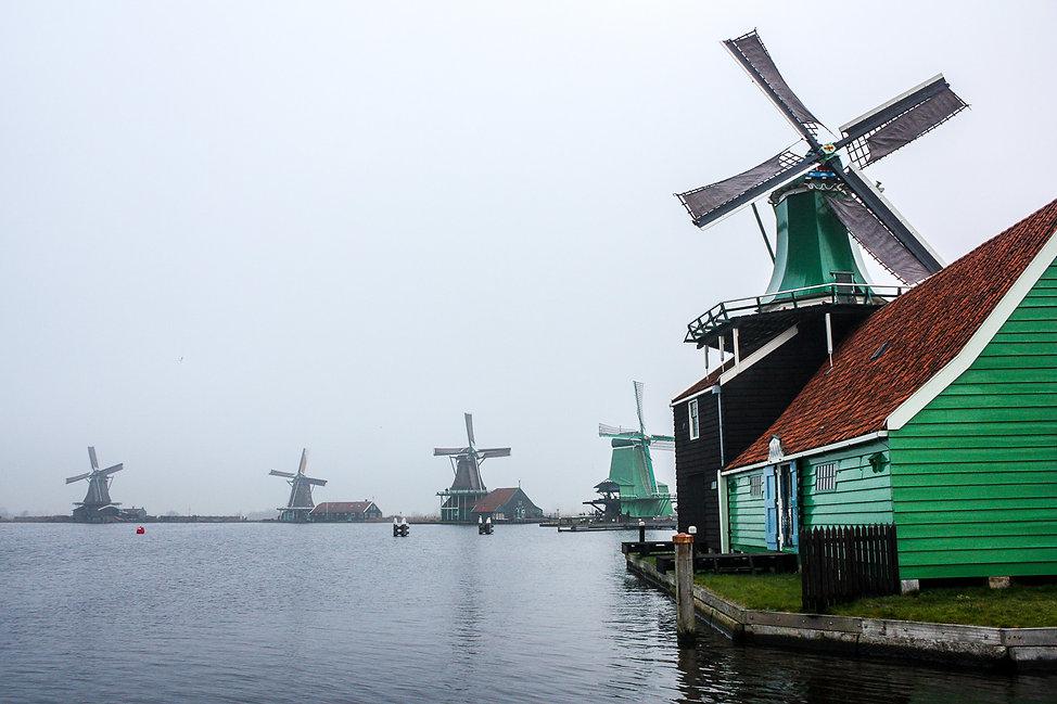 04. moulins neerlandais.jpg