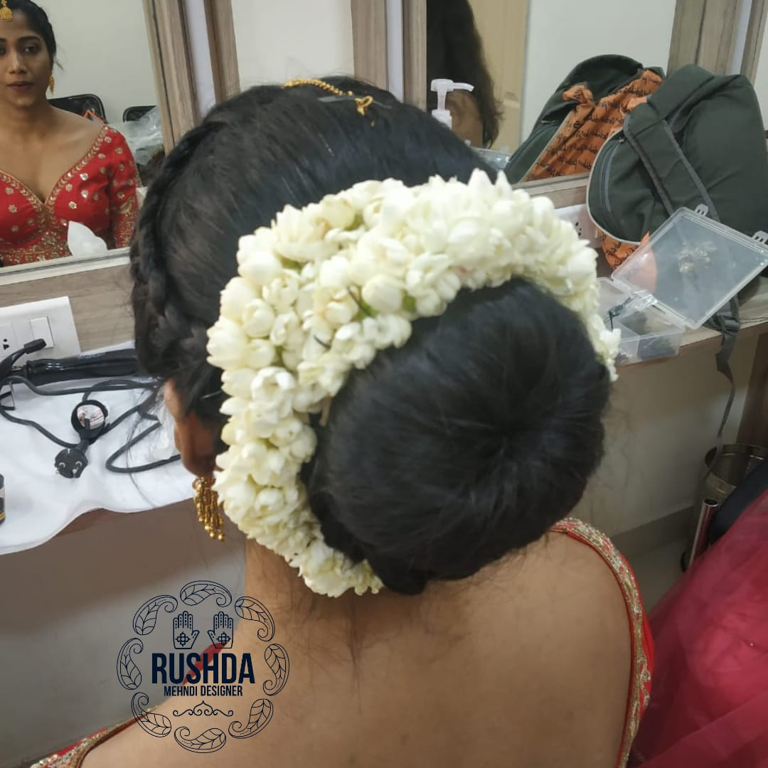 bridal makeup artist, hairstylist in mum