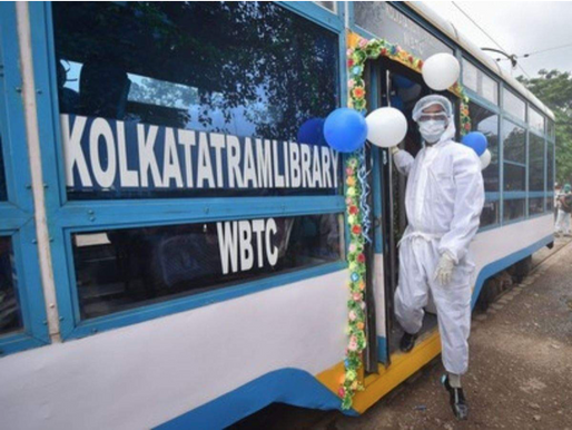 Kolkata delights its children with a Library on Wheels