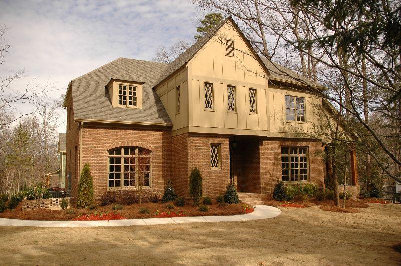 Woodsdale Residence
