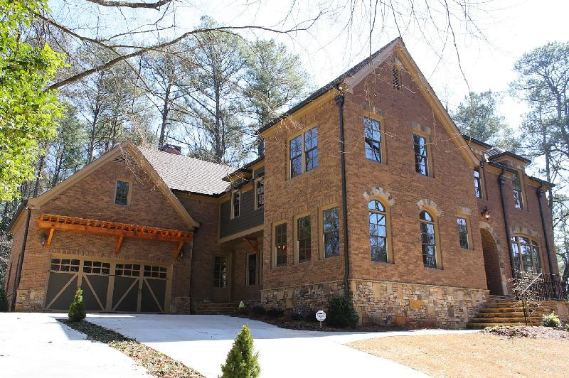 Ridge Valley Residence