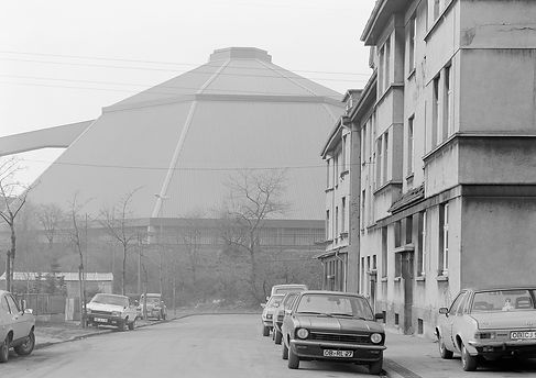 OBERHAUSEN_02_D.Münzberg_1985-86_9x12cm.