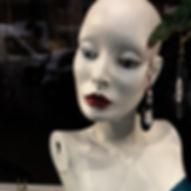 _Puppenkopf mit Schmuck-2.jpg