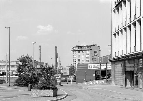 ESSEN_08_D.Münzberg_1985-86_9x12cm.jpg