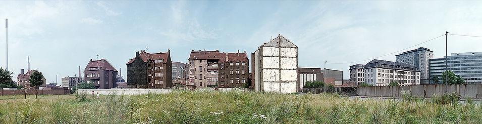 DU Hochfeld Blick auf Werthauser Str.jpg