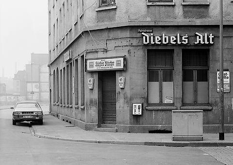 DU-HOCHFELD_Blücher-_Ecke_Petristrasse_2