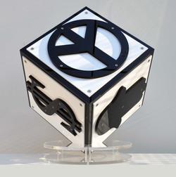 The Cube Black & White - Plexi